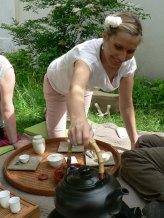 Chauffer l'eau dans la bouilloire
